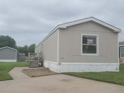 Mobile Home at 501 E 63rd Street N, #223 Park City, KS 67219