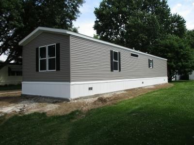 Mobile Home at 70 Birch Dr Sandwich, IL 60548