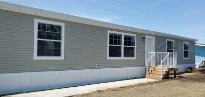 Mobile Home at 197 Kingsway Dr. North Mankato, MN 56003
