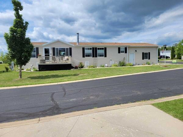 Photo 1 of 1 of home located at W7955 Creek Road Delavan, WI 53115