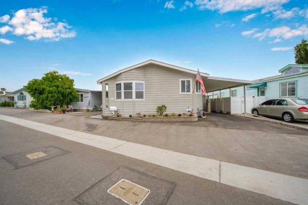 2002 Silvercrest  Manufactured Home