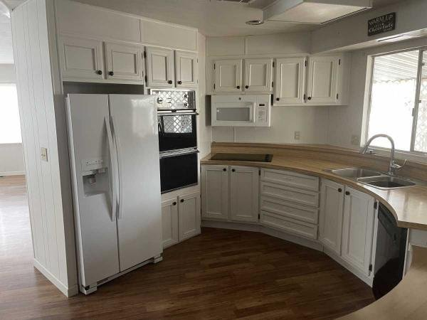 1978 Cavco Industries Mobile Home For Sale