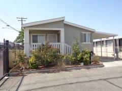 Photo 3 of 15 of home located at 675 W Oakland Ave, F1 Hemet, CA 92543
