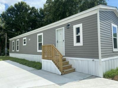 Mobile Home at 5611 Bayshore Rd, Lot 109 Palmetto, FL 34221