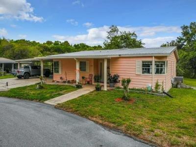 Mobile Home at 286 Palm Cove Deland, FL 32724