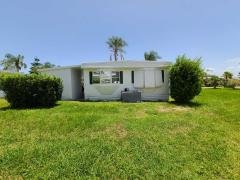 Photo 3 of 30 of home located at 5 SE Casa Rio Rd Port Saint Lucie, FL 34952