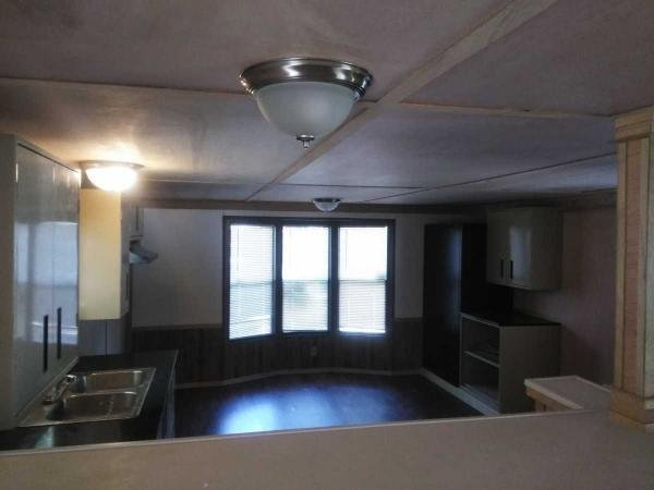 225.00 WEEKLY Mobile Home For Sale