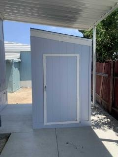 Photo 4 of 26 of home located at 320 N Park Vista Street #38 Anaheim, CA 92806