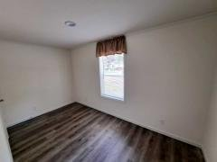 Photo 4 of 11 of home located at 954 Easy Street Menasha, WI 54952
