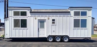 Mobile Home at 1602 E Desert Cove Ave Phoenix, AZ 85020