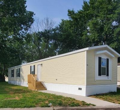 Mobile Home at 240 Newton Edwardsville, KS 66113