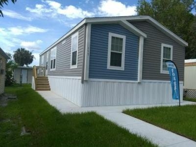 Mobile Home at 12130 Us Highway 41 South Lot 197 Gibsonton, FL 33534