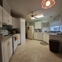 Photo 3 of 13 of home located at 7050 W Walden Woods Drive Homosassa, FL 34446