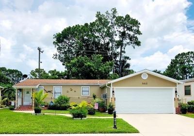 Mobile Home at 4015 Avenida Del Tura North Fort Myers, FL 33903