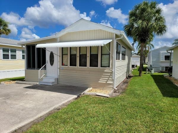 1988 CENT Mobile Home For Rent