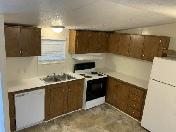 2002 Cappaert Manufactured Housing Inc Mobile Home For Sale