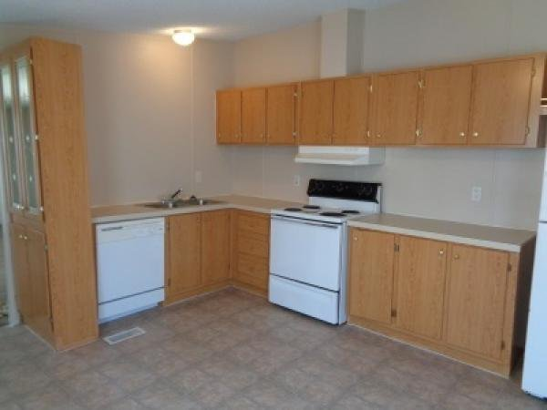 2002 HBOS MANUFACTURING Mobile Home For Sale