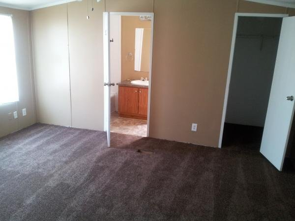 1999 HBOS MANUFACTURING Mobile Home For Sale