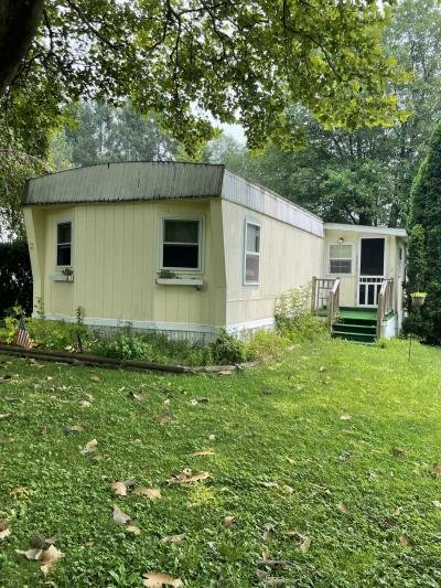 Mobile Home at 3 Edgewood Ct Bath, PA 18014