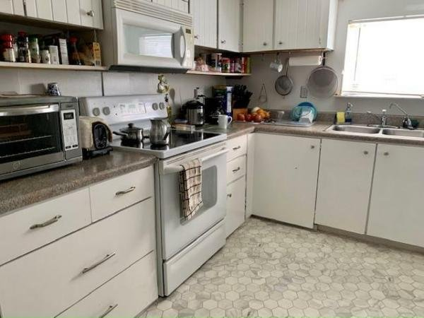 1977 SUMMER Mobile Home For Sale