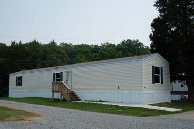 Mobile Home at 649 Cuzin Raye Ln. Clinton, TN 37716