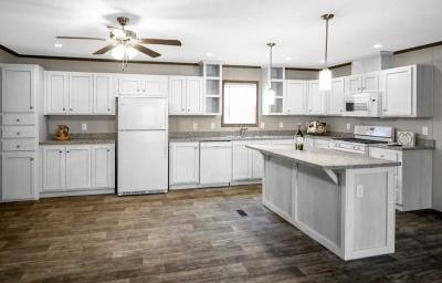 Mobile Home at 29921 Essex Chesterfield, MI 48051