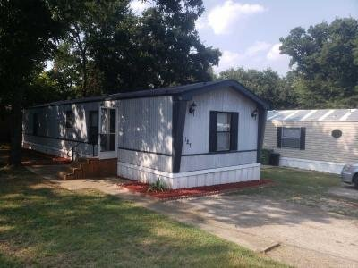 Mobile Home at 127 Thousand Oaks Drive Mansfield, TX 76063