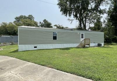 Mobile Home at 82 Lewis Dr. Newport News, VA 23606
