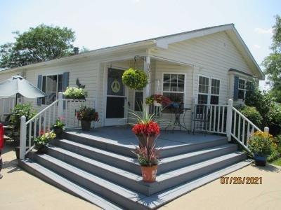 Mobile Home at 351 Crestwood Dr Oxford, MI 48371