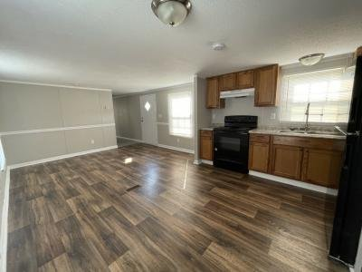 Mobile Home at 8137 Thoroughbred Dr Lot T8137 Ooltewah, TN 37363