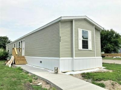 Mobile Home at 926 Victoria Circle Lynwood, IL 60411