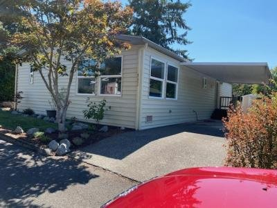 Mobile Home at 14967 S Blue Vista Spc # 243 Oregon City, OR 97045