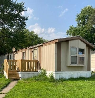 Mobile Home at 11 Delaware Edwardsville, KS 66113
