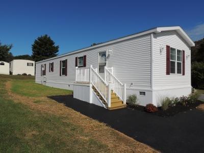 Mobile Home at 89 Nashua Street Walnutport, PA 18088