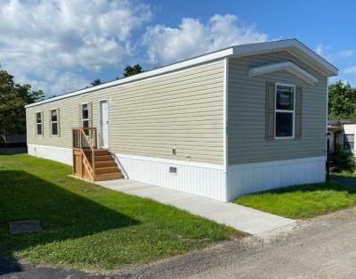 Mobile Home at 163 West Drive Oakdale, PA 15071