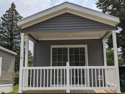 Mobile Home at 4577 Circle Inn Dr. Shelbyville, MI 49344
