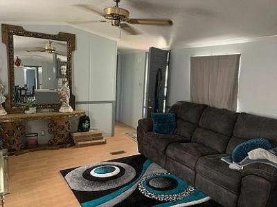Mobile Home at 40209 N Tothill Cir Sterling Heights, MI 48310