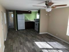 Photo 5 of 10 of home located at 2701 34th Street North Saint Petersburg, FL 33713