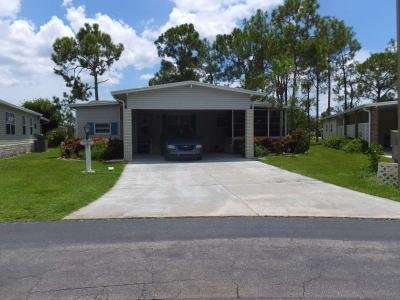 Mobile Home at 2814 Cloister St North Fort Myers, FL 33917
