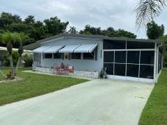 Photo 4 of 22 of home located at 4244 Pittenger Drive Sarasota, FL 34234