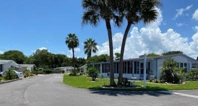 Mobile Home at 254 Los Demas Edgewater, FL 32141