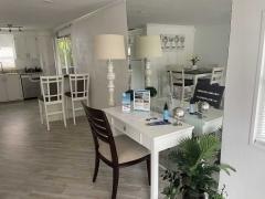 Photo 4 of 21 of home located at 5883 Danbury Lane Sarasota, FL 34233