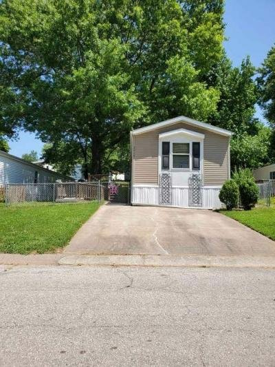Mobile Home at 2015 Current St Liberty, MO 64068