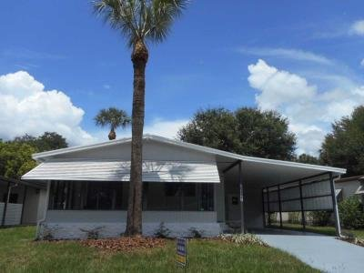 Mobile Home at 35127 Watersedge Drive Fruitland Park, FL 34731