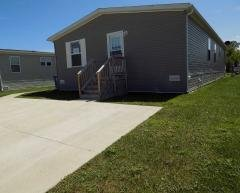 Photo 3 of 50 of home located at 24613 Langdon Dr Brownstown, MI 48134