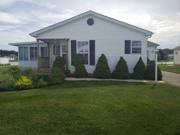 Photo 1 of 2 of home located at 10 Bayhead Lane Manahawkin, NJ 08050