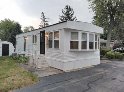 Mobile Home at 32561 N Center Lane Grayslake, IL 60030