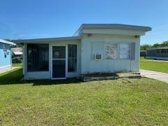 Photo 1 of 6 of home located at 2907 Hibiscus Run Lane Ruskin, FL 33570