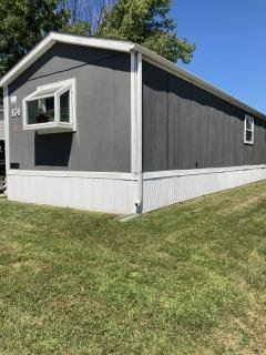Photo 3 of 23 of home located at 802 E County Line Rd #174 Des Moines, IA 50320