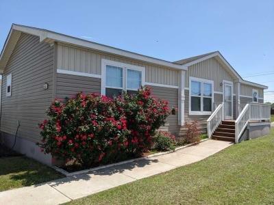 Mobile Home at 5563 El Molino Circle Del Valle, TX 78617